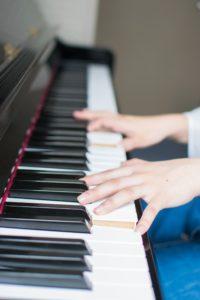 ピアノと電子ピアノってどっちがいいの?